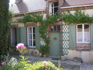 Charming 2 bedroom Vacation Rental in Champagne-Ardenne - Champagne-Ardenne vacation rentals