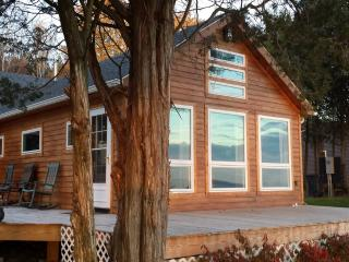 Beautiful House with Deck and Dishwasher - Penn Yan vacation rentals