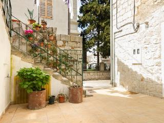 Comfortable 2 bedroom Condo in Split - Split vacation rentals