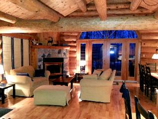 Private 3BR LOG HOME in Mont Tremblant! *WIFI - Mont Tremblant vacation rentals