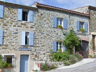 T2 of 62m² for holydays in the peace close to the sea - Montauriol vacation rentals