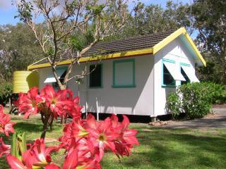 Private, quiet beachfront cabin near Coffs Harbour - Mullaway vacation rentals