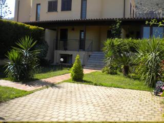 Mondello Apartment in Villa near the beach - Palermo vacation rentals