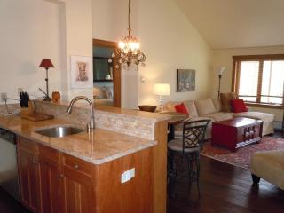 Walk to Slopes, Top Floor, Great Views, Amenities - Keystone vacation rentals