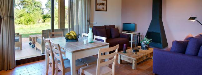 Rural apartment Mas Taulina next to Costa Brava - Sant Andreu Salou vacation rentals