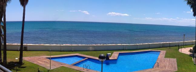 PANORAMIC VIEW FROM LIVING/TERRACE - LUXURY SEASIDE APPT. RESORT CAMBRILS SALOU PORT AVENTURA - Cambrils - rentals