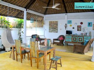 Love Villa 2 5mins walk to 66Beach Legian Seminyak - Legian vacation rentals
