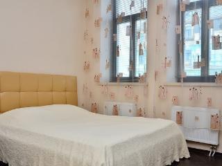 CR101fKIEV - Saint Michael's Square Studio - Kiev vacation rentals