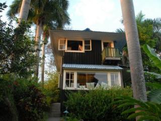 Ocean Views, Walk to Beach, Romantic House - Manuel Antonio National Park vacation rentals