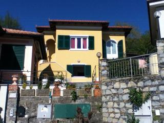 Nice 3 bedroom Apartment in Cavi di Lavagna - Cavi di Lavagna vacation rentals