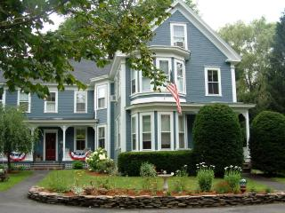 Richards Lakin House Apartment.  1 Bdrm apt for 3 - Pepperell vacation rentals