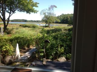 Beautiful Cottage with Deck and Internet Access - Kennebunkport vacation rentals