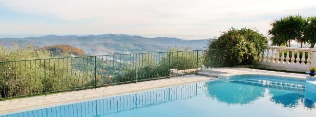 Grasse - Seaview - 3 + 1 Bedroom / 2 Bathroom / sleeps 6 to 8 - Image 1 - Grasse - rentals