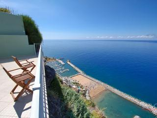 Viewpoint House - Casa Do Miradouro - Estreito da Calheta vacation rentals