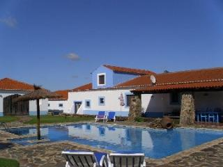 Beautiful cottage, with large pool, peaceful area! - Cercal do Alentejo vacation rentals