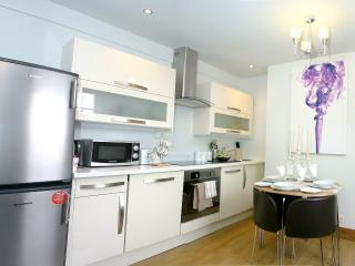 Apartment-Notting Hill-HollandPk PD - London vacation rentals