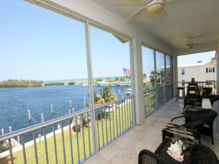 Islamorada Luxury Waterfront Condo with Boat Slip - Islamorada vacation rentals