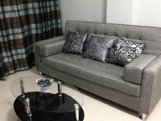 Stylish Vacation Condo 1BR Near Makati & Airport - Philippines vacation rentals