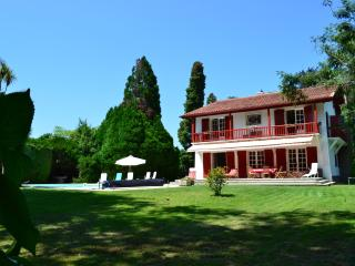 Great Holiday mansion near Biarritz - Basque Country vacation rentals