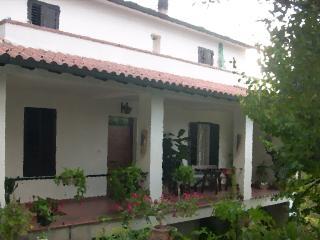 L a casa di campagna - Todi vacation rentals