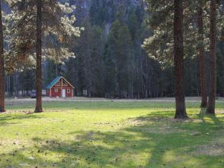Fully Furnished Riverside Cottages! - Grand Forks vacation rentals