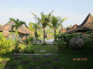 Tanah Cinta Bungalows - Payangan vacation rentals