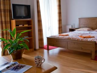 Cozy Budapest Condo rental with Internet Access - Budapest vacation rentals