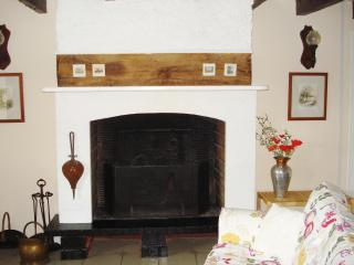 Comfortable House in Gorron with Deck, sleeps 6 - Gorron vacation rentals