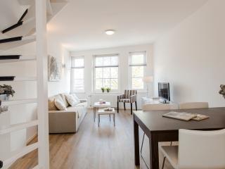 City centre apartment De Admiraal 2 (wifi) - Amsterdam vacation rentals