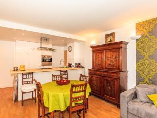 Nice 2-bedroom apartment in Montparnasse (2449) - Paris vacation rentals