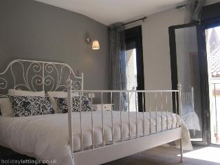 Apartment 'Los Arcos' - Extremadura vacation rentals