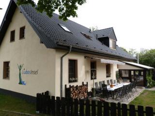 Vacation Apartment in Märkisch Buchholz - 377 sqft, natural, quiet, comfortable (# 4262) - Unterspreewald vacation rentals
