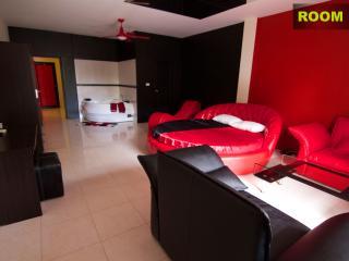 Charming 1 bedroom Condo in Rawai - Rawai vacation rentals