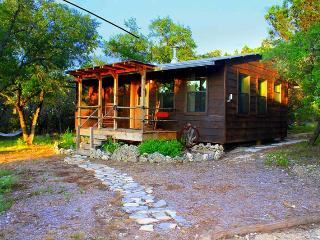 Little cabin in the woods with private hot tub - Wimberley vacation rentals