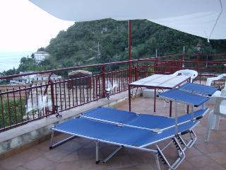 Nice and budget flat on Amalfi Coast - Santa Maria di Castellabate vacation rentals