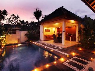 Private 1 Bedroom Tropical Villa Seminyak - Seminyak vacation rentals