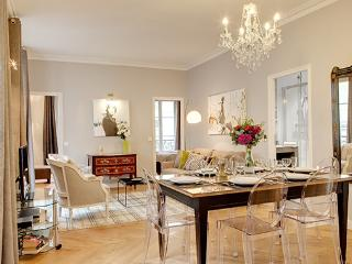 - 4th Arrondissement Hôtel-de-Ville vacation rentals