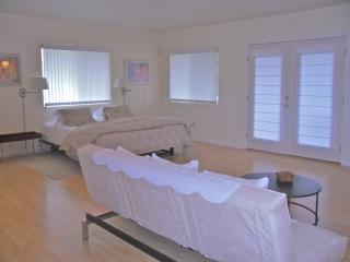 Coffee cottage - Mountain View vacation rentals