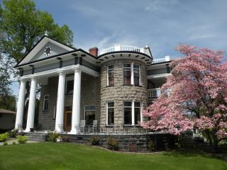 Rosedell Mansion - Yakima vacation rentals