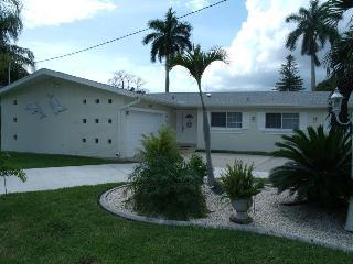 Villa Azzurro Cape Coral Waterfront Vacationhome - Cape Coral vacation rentals