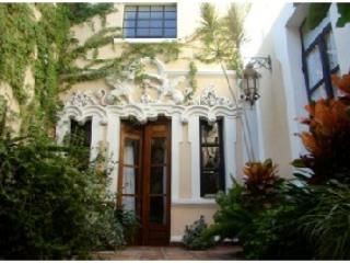 interior garden - 150 year old spanish colonial house, beautifully r - Guadalajara - rentals