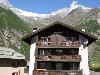 Bergdohle Dach A in Randa near Zermatt - Randa vacation rentals