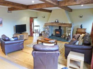 GARDALE HOUSE, en-suite facilities, WiFi, games room, outdoors play area, large cottage near Wigglesworth, Ref. 28039 - Wigglesworth vacation rentals