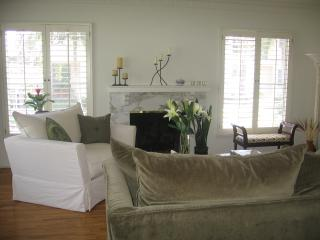 BEAUTIFUL APT IN IDEAL BRENTWOOD (Los Angeles) - Santa Monica vacation rentals