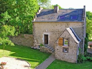 Cottage of Chateau de la Barre - Conflans-sur-Anille vacation rentals