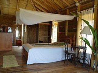 Beautiful Chalet with Deck and Internet Access - Parlatuvier vacation rentals