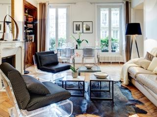 Apartment Temple Paris apartment 3rd arrondissement, flat to rent Paris 3rd arrondissement, 3 bedroom Paris apartment to let - 3rd Arrondissement Temple vacation rentals
