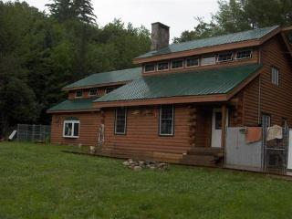 Nice House with Deck and A/C - Roxbury vacation rentals