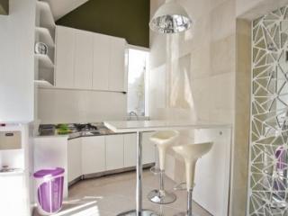 One bedroom apartment with shared pool, Seminyak - Kuta vacation rentals