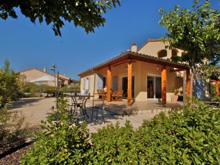 Spacious 4 bedroom Vallon-Pont-d'Arc House with Internet Access - Vallon-Pont-d'Arc vacation rentals